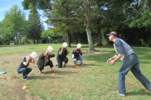 Lightly physical team building challenge for companies